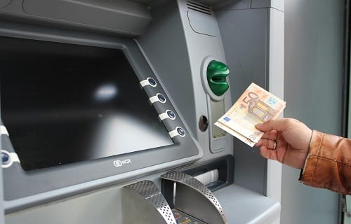 how to withdrawal money from atm